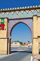 Decorated Arabesque Bereber archway next to the Mauseleum of Moulay Ismaïl Ibn Sharif , reigned 1672–1727. A UNESCO World Heritage Site .Meknes, Meknes-Tafilalet, Morocco.