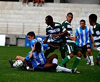 PIEDECUSTA - COLOMBIA, 09-10-2021: Real Santander y Valledupar F. C. durante partido de la fecha 12 por el Torneo BetPlay DIMAYOR II 2021 en el estadio Villa Concha en la ciudad de Piedecuesta. / Real Santander and Valledupar F. C. during a match of the 12th for the BetPlay DIMAYOR II 2021 Tournament at the Villa Concha stadium in Piedecusta city. / Photo: VizzorImage / Jaime Moreno / Cont.