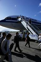 avion d'Air Transat sur le tarmac en 2000<br /> <br /> PHOTO :  Agence Quebec Presse