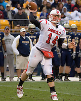 November 08, 2008: Louisville quarterback Hunter Cantwell. The Pitt Panthers defeated the Louisville Cardinals 41-7 on November 08, 2008 at Heinz Field, Pittsburgh, Pennsylvania.