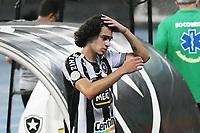 Rio de Janeiro (RJ), 08/02/2021 - Botafogo-Grêmio - Matheus Nascimento jogador do Botafogo,durante partida contra o Grêmio,válida pela 35ª rodada do Campeonato Brasileiro,realizada no Estádio Nilton Santos (Engenhão), na zona norte do Rio de Janeiro,nesta segunda-feira (08).
