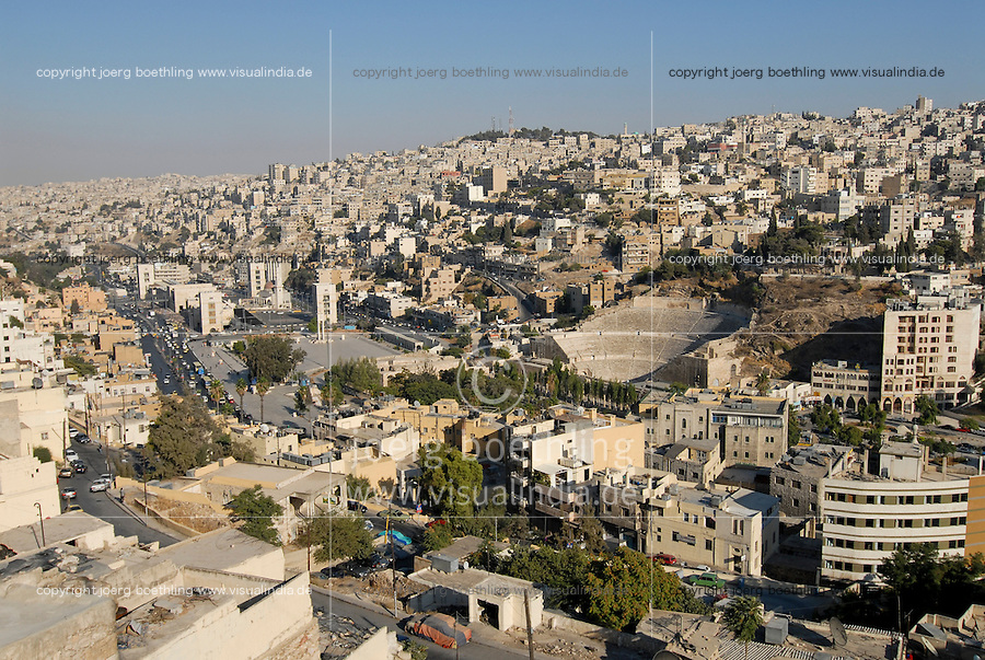 JORDAN, Amman, city view and roman theatre / JORDANIEN, Amman, Stadtansicht und roemisches Amphi-Theater