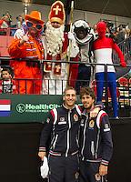 12-02-12, Netherlands,Tennis, Den Bosch, Daviscup Netherlands-Finland, Thiemo de Bakker en Robin Haase (R)