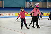 SCHAATSEN: HEERENVEEN: IJsstadion Thialf, schaatsjeugd, ©foto Martin de Jong
