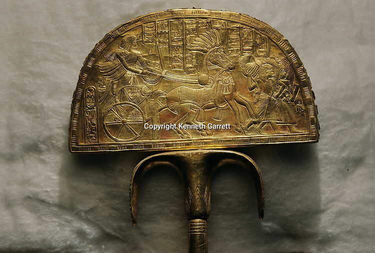 Fan depicting Ostrich hunt, KV 62, Tutankhamun and the Golden Age of the Pharaohs, Page 197 bottom