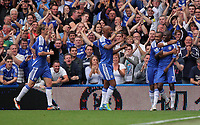 Pictured: Ramires of Chelsea (R) celebrating his goal with team mates. Saturday 17 September 2011<br />