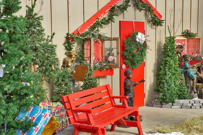 Christmas scene. Al' Garden nursery. tualitin. Oregon
