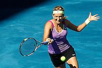 MADRI, ESPANHA, 06 DE MAIO DE 2012 - MUTUA MADRID OPEN -  A tenista bielorussa  Victoria Azarenka  (roxo) enfrenta Svetlana Kuznetsova (branco), durante o Mutua Madrid Open 2012, em Madrid na capital da Espanha, neste domingo, 06. (FOTO: CESAR CEBOLLA / ALFAQUI / BRAZIL PHOTO PRESS).