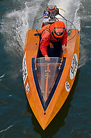 91-M    (Outboard Runabout)