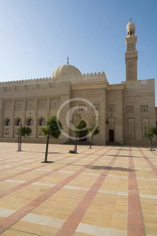 United Arab Emirates, Dubai, Mosque courtyard, Jumeirah