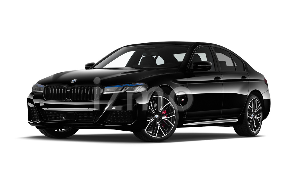 Stock pictures of low aggressive front three quarter view of 2021 BMW 5-Series 530e-Edition-M-Sport 4 Door Sedan Low Aggressive