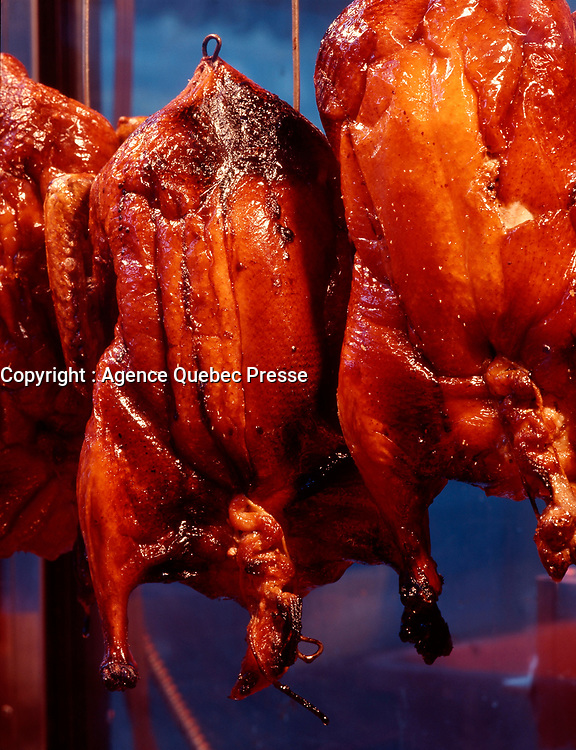 Montreal (Qc) CANADA - 1999 File Photo - Duck (or chicken) display in a<br /> Chinatown restaurant