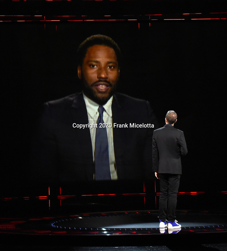 """HOLLYWOOD, CA - DECEMBER 10: John David Washington presents the award for Best Narrative on """"The Game Awards 2020"""" in Hollywood, California on December 10, 2020. (Photo by Frank Micelotta/PictureGroup)"""