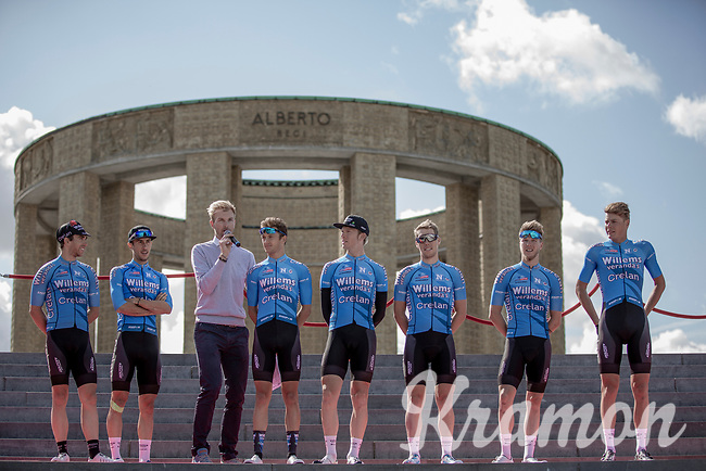Team Veranda's Willems Crelan at the pre race Team Presentation with the World War I memorial, King Albert I monument, in the background. <br /> <br /> <br /> 1st Great War Remembrance Race 2018 (UCI Europe Tour Cat. 1.1) <br /> Nieuwpoort > Ieper (BE) 192.7 km