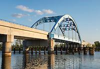 Steel arch train bridge, Riverside, New Jersey, USA