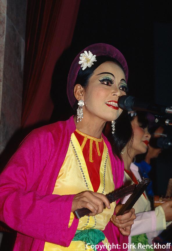 Musiker im Wassermarionetten-Theater in Hanoi, Vietnam
