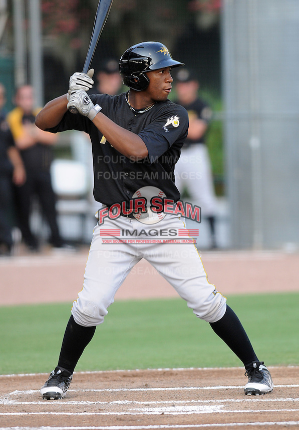 Outfielder Mel Rojas Jr. (24) of the West Virginia Power, Class A affiliate of the Pittsburgh Pirates, in a game against the Savannah Sand Gnats on July 21, 2011, at Grayson Stadium in Savannah, Georgia. (Tom Priddy/Four Seam Images)