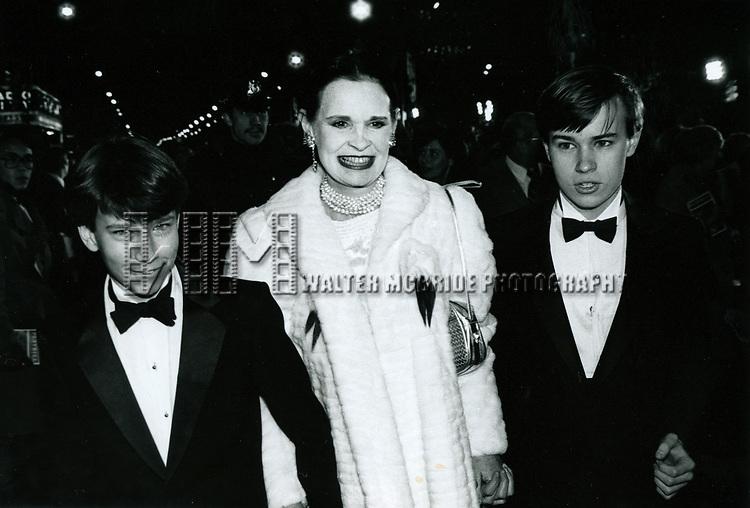 Gloria Vanderbilt with her two sons Anderson Cooper & Carter Vanderbilt Cooper<br />in New York City.<br />October 1985
