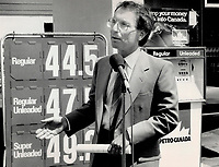 1987 FILE PHOTO - ARCHIVES -<br /> <br /> Tory leader Larry Grossman used a gas station at Bathurst St. and St. Clair Ave. to announce that a Tory government would make the price of leaded and unleaded gasoline the same through tax changes. Such a move, he said, would have virtually no effect on provincial revenues.<br /> <br /> 1987<br /> <br /> PHOTO :  Erin Comb - Toronto Star Archives - AQP
