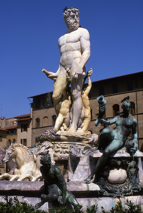 Europe, ITA, Italy, Tuscany, Florence, Piazza della Signoria, Neptun-Fontain v. Ammanati....[ For each utilisation of my images my General Terms and Conditions are mandatory. Usage only against use message and proof. Download of my General Terms and Conditions under http://www.image-box.com or ask for sending. A clearance before usage is necessary...Material is subject to royalties. Each utilisation of my images is subject to a fee in accordance to the present valid MFM-List...Contact | archive@image-box.com | www.image-box.com ]