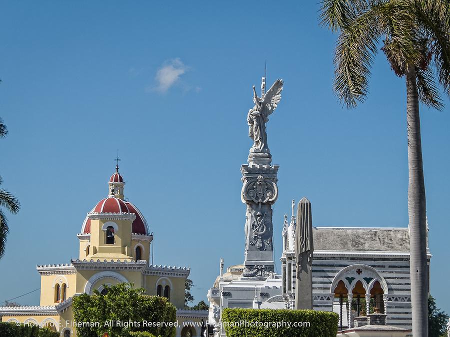Crypt and church, Havana cemetery
