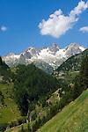 Switzerland, Canton Uri, at Sustenpass Road - Fuenffingerstock mountains with peaks Sustenhochspitz, Wendenhorn and Wasenhorn