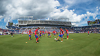 Orlando, Florida - Saturday, June 04, 2016: Costa Rica warms up prior to a Group A Copa America Centenario match between Costa Rica and Paraguay at Camping World Stadium.