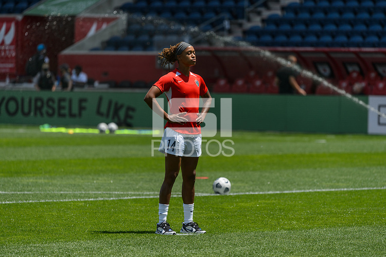 BRIDGEVIEW, IL - JUNE 5: Jessica McDonald #14 of the North Carolina Courage warns up before a game between North Carolina Courage and Chicago Red Stars at SeatGeek Stadium on June 5, 2021 in Bridgeview, Illinois.