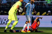 Action photo during the match Argentina vs Chile at Levis Stadium Copa America Centenario 2016. ---Foto  de accion durante el partido Argentina vs Chiler, En el Estadio de la Universidad de Phoenix, Partido Correspondiante al Grupo - D -  de la Copa America Centenario USA 2016, en la foto: (i)-(d)n Javier Mascherano, Arturo Vidal<br /> <br /> --- 06/06/2016/MEXSPORT/PHOTOSPORT/ Andres Pina
