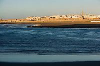 Afrique/Afrique du Nord/Maroc/Rabat: l'Oued Bou Regreg et la ville de Salè