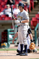 May 14, 2009: Nick Van Stratten (25) of the Burlington Bees at Elfstrom Stadium in Geneva, IL.  Photo by: Chris Proctor/Four Seam Images