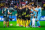 09.08.2019, Merkur Spiel-Arena, Düsseldorf, GER, DFB Pokal, 1. Hauptrunde, KFC Uerdingen vs Borussia Dortmund , DFB REGULATIONS PROHIBIT ANY USE OF PHOTOGRAPHS AS IMAGE SEQUENCES AND/OR QUASI-VIDEO<br /> <br /> im Bild | picture shows:<br /> die Mannschaften des BVB und des KFC begruessen sich, <br /> <br /> Foto © nordphoto / Rauch