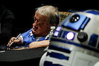 Kenny Baker, Actor behind R2-D2 Died on 13th August 2016