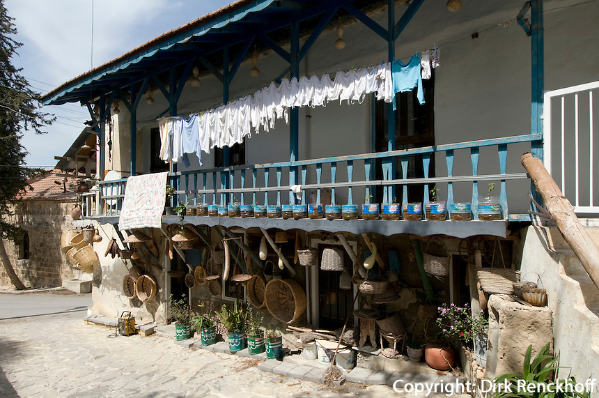 Nordzypern, Korbladen in Edremit ((Trimithi) westlich von Girne