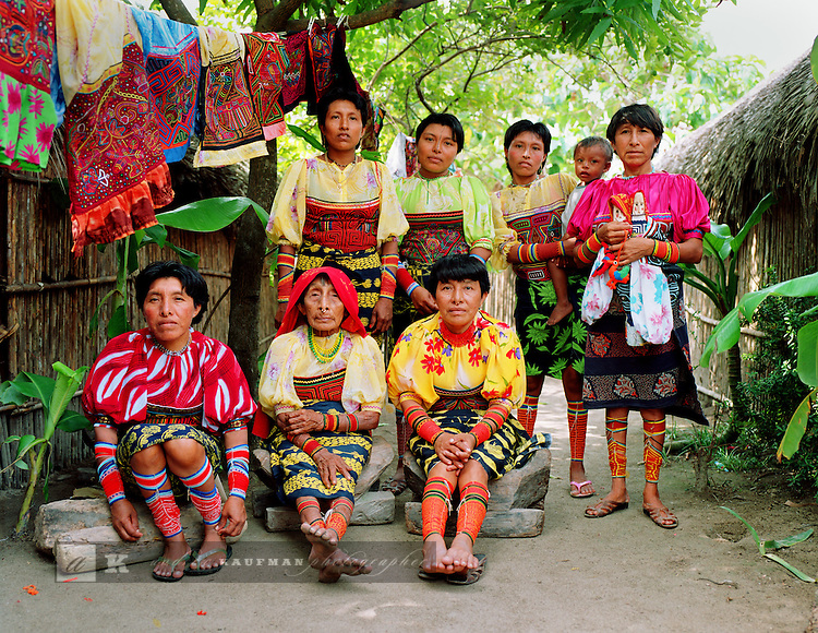 The Kuna women of Isla Ailitup...In Panama's Carribean archipelago Kuna Yala there are three hundred and fifty isles. There are said to be 65.000 Kuna Indians. The live across the islands. The islands are autonomous and live according to their own laws not Panama's. The Kuna elders are named Shilah's...