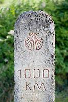 Europe/France/Aquitaine/40/Landes/ Retjons : Borne des Mille kilométres  sur la Route des Pélerins de Saint Jacques de Compostelle au départ de Vézelay