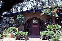 San Diego: Richard S. Requa House, 4346 Valle Vista in Mission Hills, 1903.  Richard Requa, Architect.