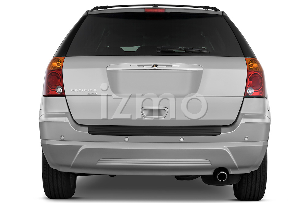 Straight rear view of a 2009 Chrysler Pacifica Touring