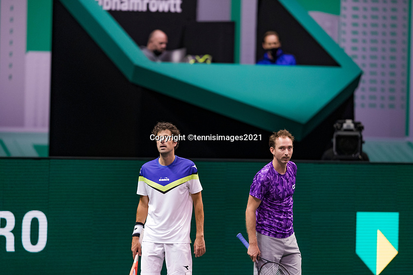 Rotterdam, The Netherlands, 2 march  2021, ABNAMRO World Tennis Tournament, Ahoy, First round doubles: Robin Haase (NED) / Matwe Middelkoop (NED) with coach.<br /> Photo: www.tennisimages.com/henkkoster