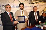 ANTONIO SOCCI RICEVE  IL PREMIO CAPALBIO<br /> PREMIO LETTERARIO CAPALBIO 2002