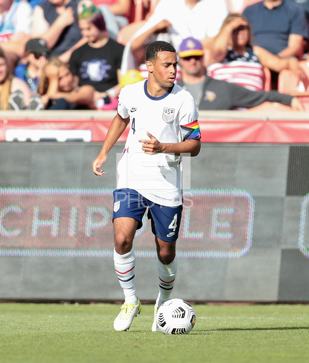 SANDY, UT - JUNE 10: Tyler Adams #4 of the United States looking for an open man during a game between Costa Rica and USMNT at Rio Tinto Stadium on June 10, 2021 in Sandy, Utah.