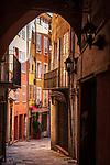 Frankreich, Provence-Alpes-Côte d'Azur, Grasse: Altstadtgasse | France, Provence-Alpes-Côte d'Azur, Grasse: old town lane