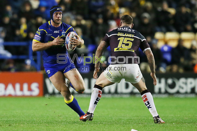 Picture by Paul Currie/SWpix.com - 01/02/2018 - Rugby League - Betfred Super League - Warrington Wolves v Leeds Rhinos - Halliwell Jones Stadium, Warrington, England - Chris Hill of Warrington Wolves' in action with Brett Delaney of Leeds Rhinos