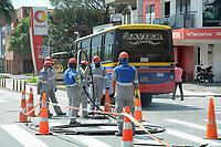 MEDELLIN - COLOMBIA, 27-04-2020:Reactivación laboral parcial en Medellín durante el día 35 de la cuarentena total en el territorio colombiano causada por la pandemia  del Coronavirus, COVID-19. / Revival work activity in Medellin of during day 35 of total quarantine in Colombian territory caused by the Coronavirus pandemic, COVID-19. Photo: VizzorImage / Leon Monsalve / Cont