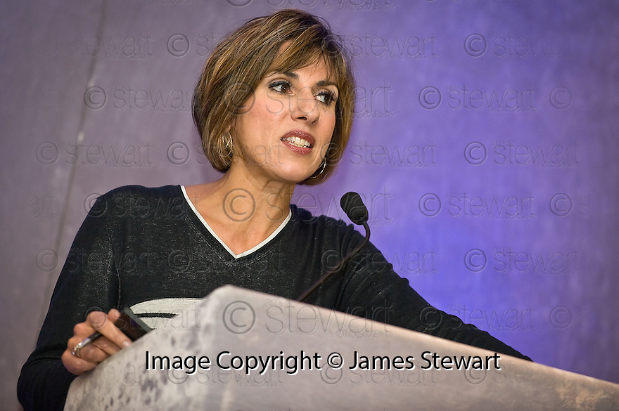 24/09/2010   Copyright  Pic : James Stewart.001_fbp_conf_2010  .::  FALKIRK BUSINESS PANEL :: 2010 CONFERENCE :: CONFERENCE HOST SHEREEN NANJIANI ::.