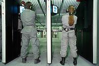 - scuola scorte della Polizia di Stato ad Abbasanta (Oristano), poligono di tiro interno....-  State Police escort school at Abbasanta (Oristano), inside shooting range