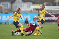 Julia Simic of West Ham and Lisa Evans of Arsenal during West Ham United Women vs Arsenal Women, Women's FA Cup Football at Rush Green Stadium on 26th January 2020