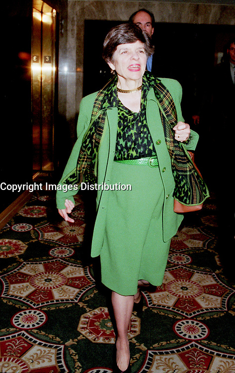 ID :  pr_99-06-01-G 3.jpg<br /> <br /> D&K :  Montreal, June 1st, 1999 File Photo<br /> Alice M. Rivlin ;  Vice-Chair, Board of Directors of the Federa Reserve System of the United States on her way to giving a speech during the 5th `` Conference of Montreal `` on economy globalization on June 1st 1999<br /> <br /> Photo by Pierre Roussel, -IMAGES DISTRIBUTION<br /> NOTE : SCAN from 35mm neg