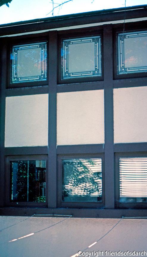 F.L. Wright: Hardy House, Racine, WI.   Photo '77.