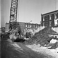 creusement-de-la-station-de-metro-laurier-au-coin-berri-et-saint-joseph-janvier-1963